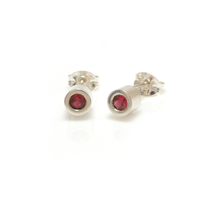 machi dewaard cylinder beryllium red sapphire earrings