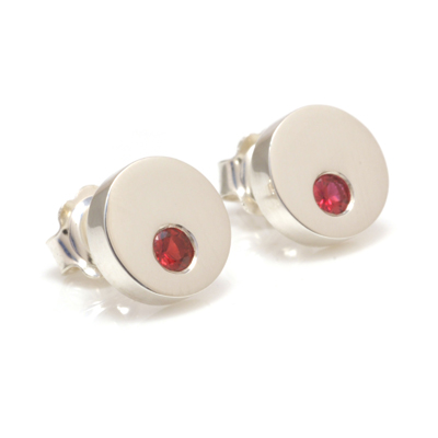 machi dewaard solid circle beryllium red sapphire earrings1