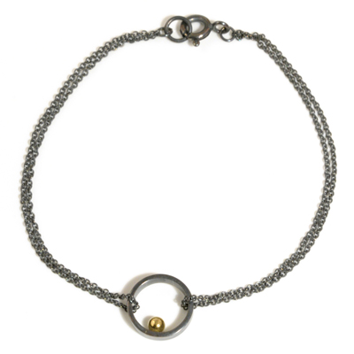 Gold ball oxidised single circle chain bracelet